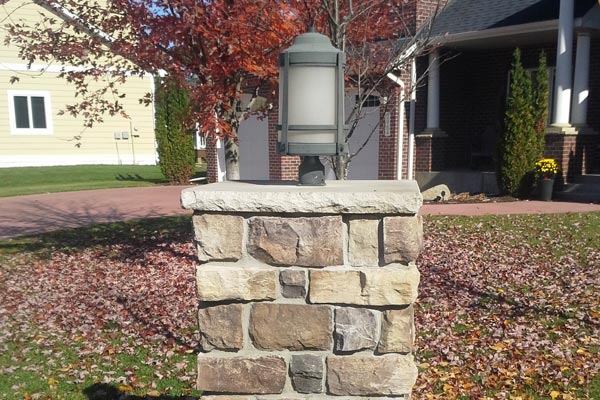 cascade-stone-lamp-post
